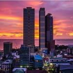 Skyline der Stadt Manila auf den Philippinen.