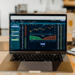 Aktienkurse am Computer.