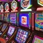 Spielautomaten in einem Casino