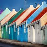 Bunte Häuser auf Curacao.