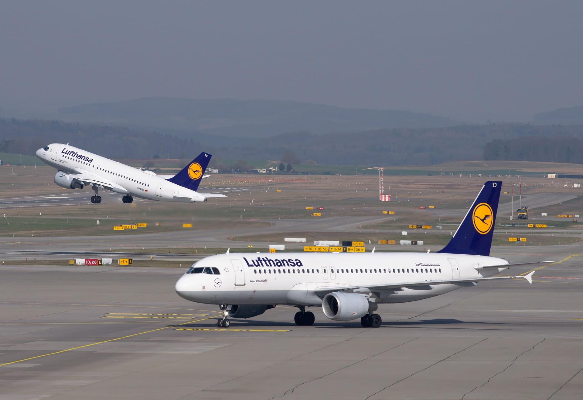 Pesawat Lufthansa.